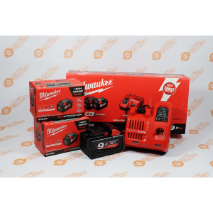 Kit Caricabatterie M12-18C + 2 Batterie 9Ah 18V Milwaukee Originale