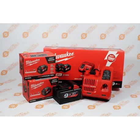 M12-18C battery charger kit + 2 Milwaukee Original 18V 9 AH batteries