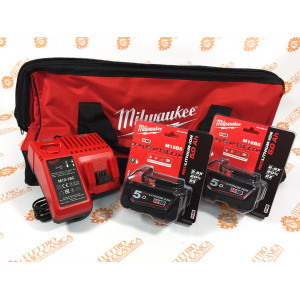 M12-18C battery charger kit + 2 18 V 5Ah batteries + Milwaukee toolbag